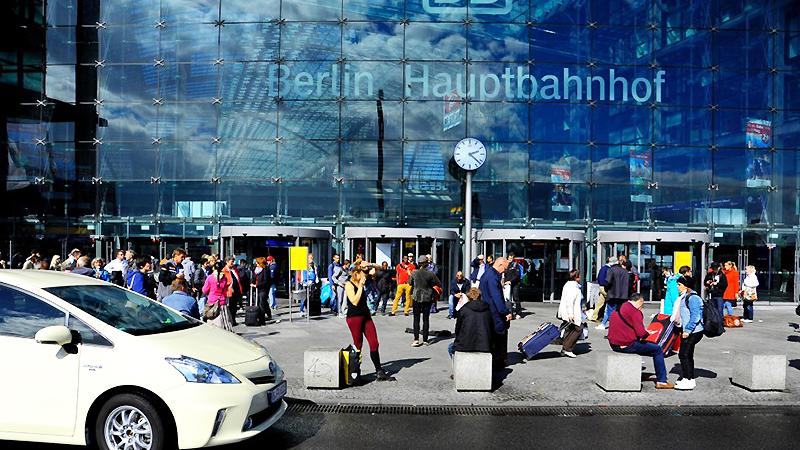 Новости: Центральному вокзалу Берлина исполняется 10 лет