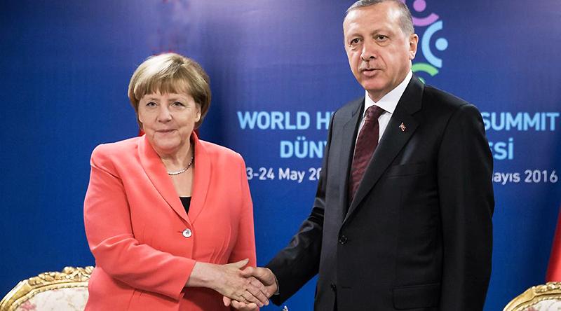 Новости: Меркель обсудила с Эрдоганом наболевшее