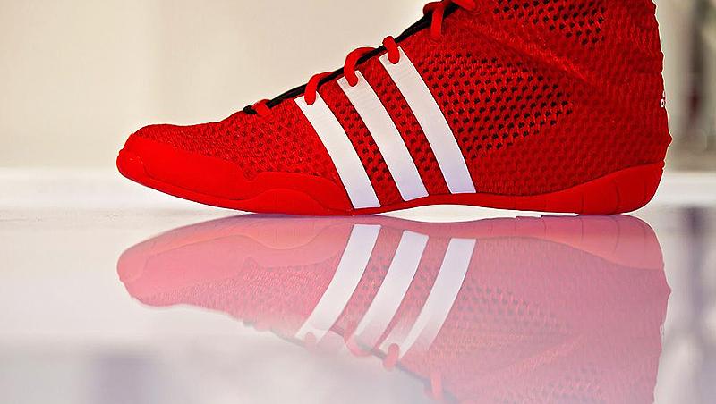 Деньги: Adidas возвращает производство в Германию