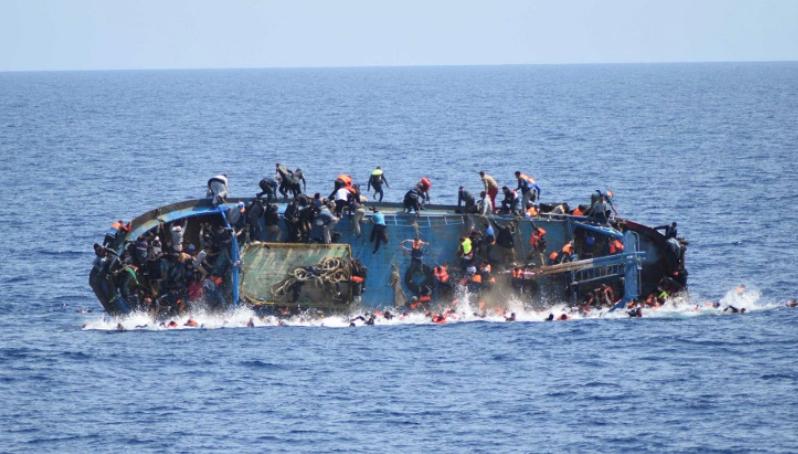 Новости: В Средиземном море утонули 700 беженцев