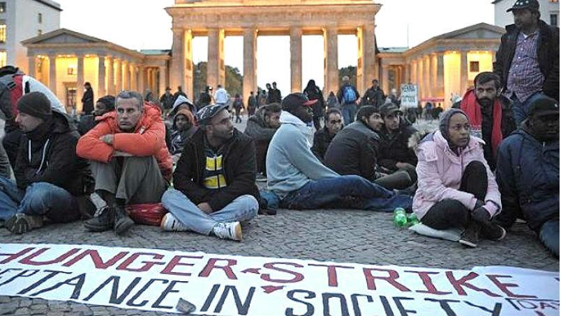 Новости: Беженцев в Берлине стало меньше