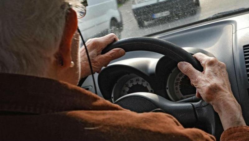 Новости: Насколько опасны пожилые люди за рулем