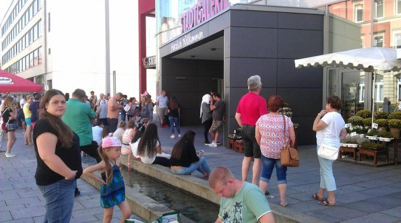 Галерея: В Швайнфурте эвакуировали торговый центр (фото)