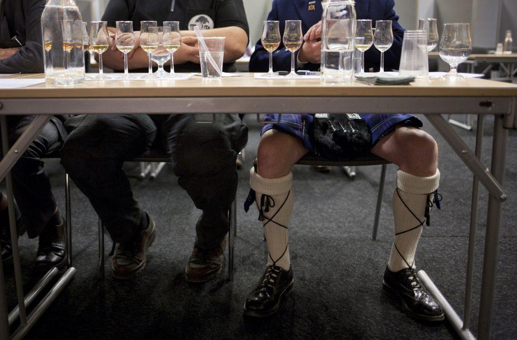 Общество: Алкоголь: врачи рекомендуют граммы