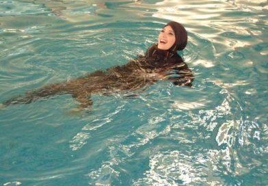 Девочки-мусульманки могут ходить на уроки плавания в буркини