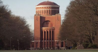 Через Гамбург — к звездам: новый старый планетарий
