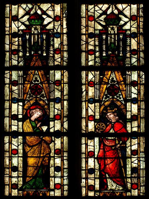 Культура: Завершена реставрация 800-летних витражных окон собора в Ксантене