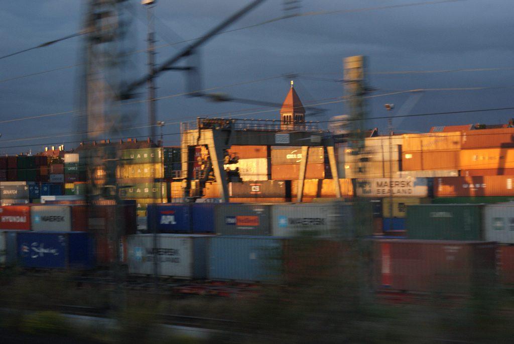 Деньги: Торговый баланс Германии достиг нового рекордного максимума