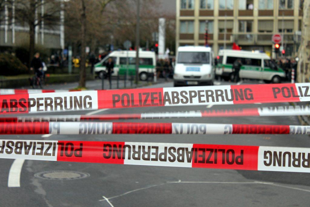 Происшествия: В Хертене полицейский застрелил предполагаемого преступника