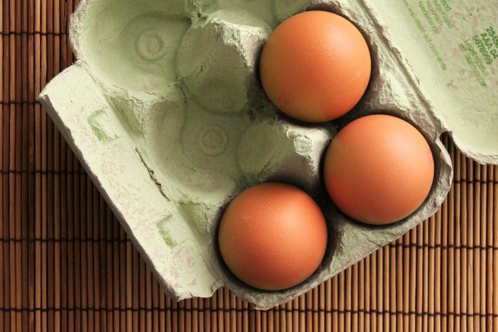 Здоровье: Из супермаркетов могут исчезнуть органические куриные яйца