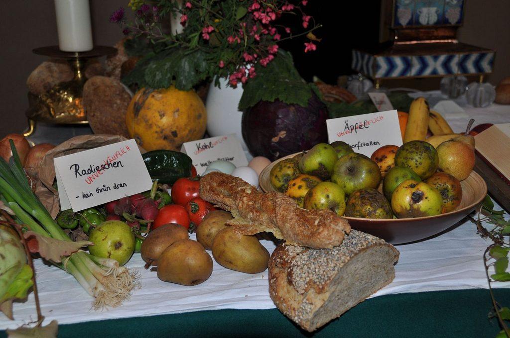 Общество: Министр сельского хозяйства раскритиковал новый закон о сокращении пищевых отходов