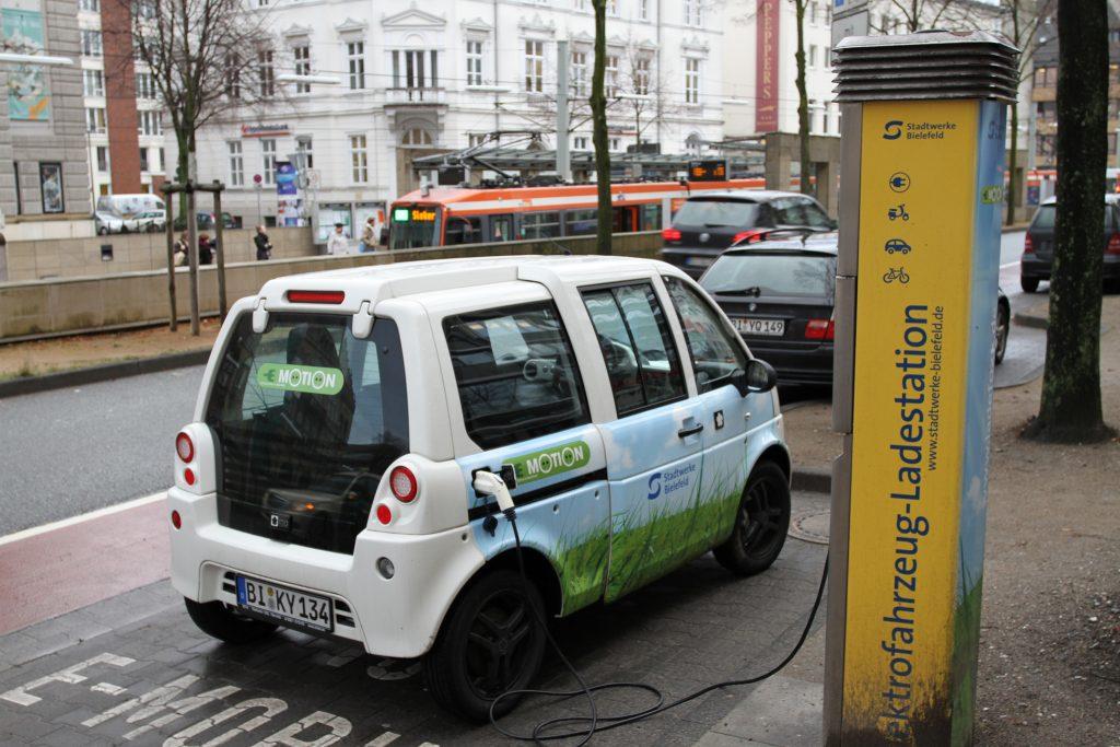 Технологии: Субсидии для электромобилей в Германии