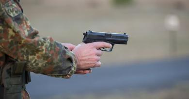 В Германии задержали офицера, который выдал себя за беженца и планировал совершить теракт