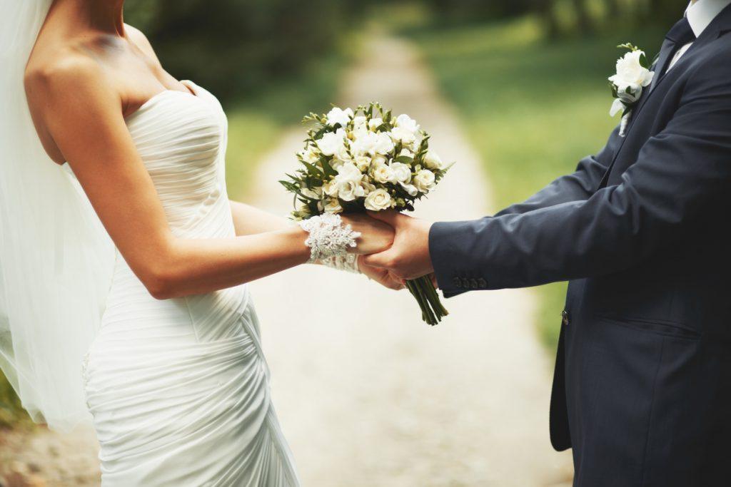 Закон и право: Совет адвоката: стоит ли жениться перед эмиграцией?