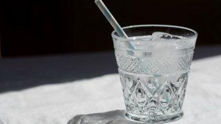Сколько стоит водопроводная вода в ресторане?