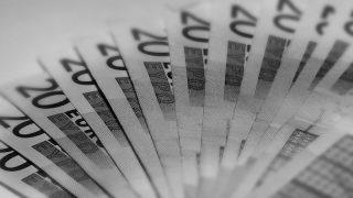 Ученые доказали – счастье в деньгах