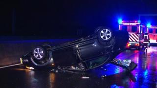 Авария на А52: перевернулся автомобиль