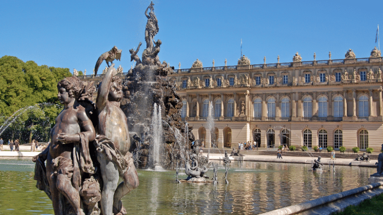 Достопримечательности Германии: озеро Кимзее и дворец Херренкимзее