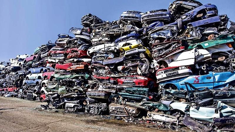 Общество: Автошрот – кладезь старых деталей для новых автомобилей