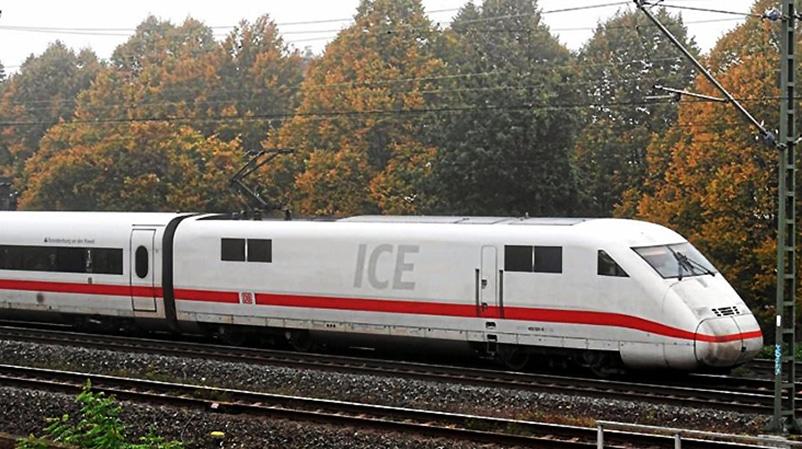 Происшествия: Во Франкфурте обстреляли состав ICE