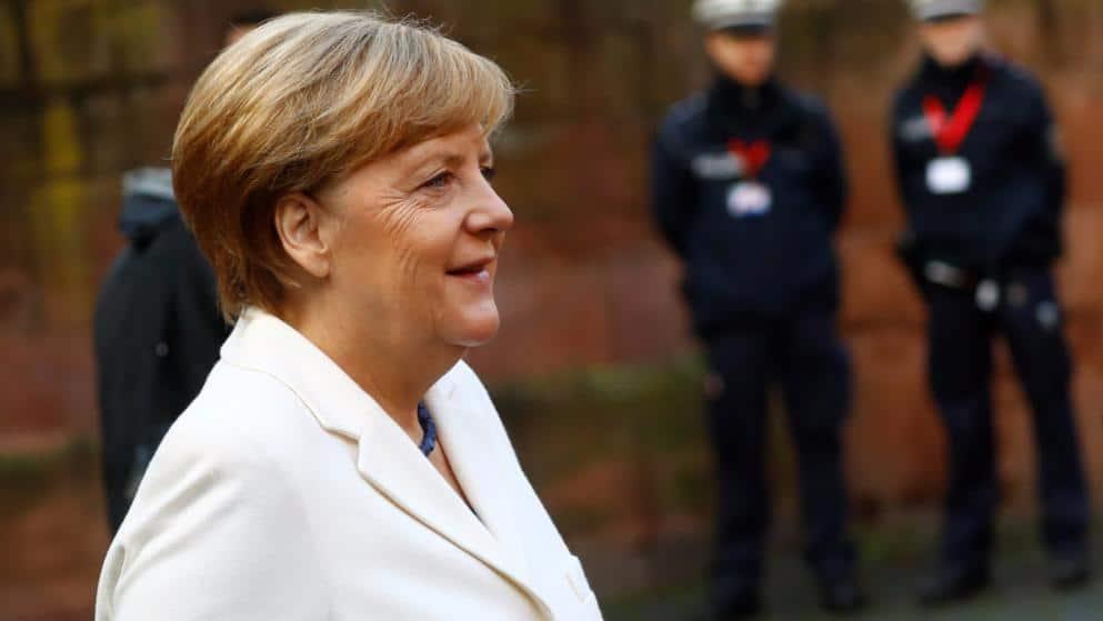 Политика: Парламентарии делят кресла бундестага