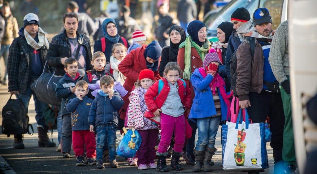 Политика: 200 тыс в год: ХДС/ХСС хочет верхнего предела для приема беженцев