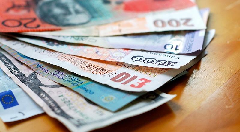 Деньги: Безусловный базовый доход: что это такое?