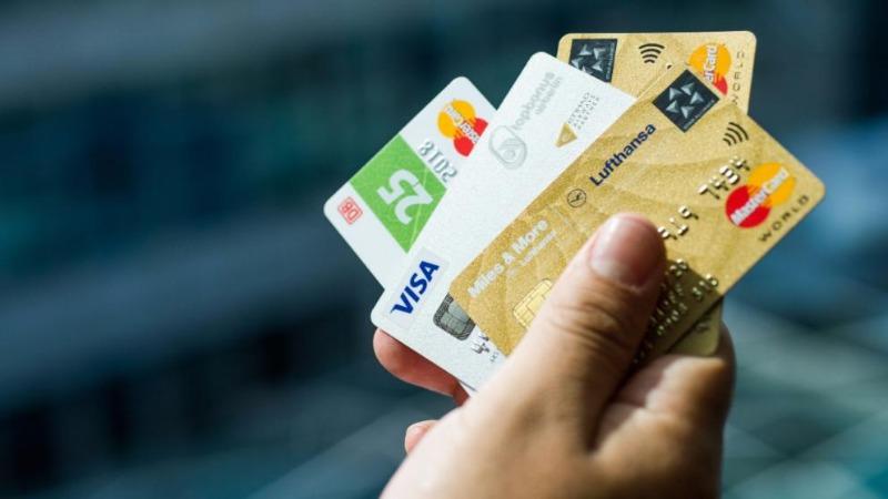 Деньги: Осторожно: выгодные кредитные карты обойдутся вам слишком дорого