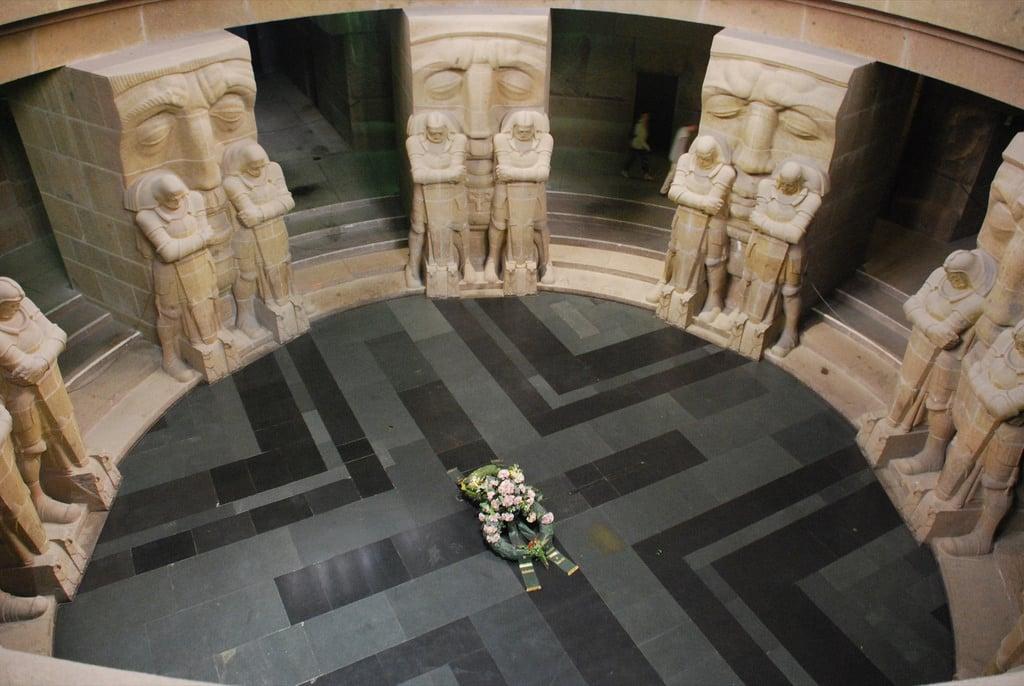 Галерея: Интересные места Германии: Памятник битве народов рис 3