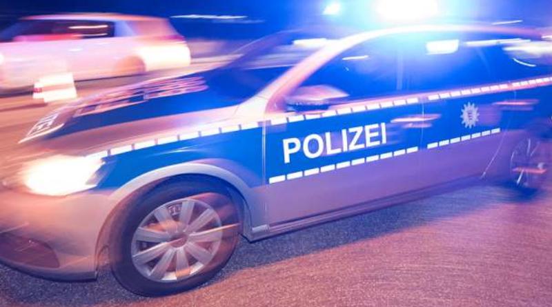 Происшествия: Сбегая от полиции, мужчина выпрыгнул из едущего автомобиля