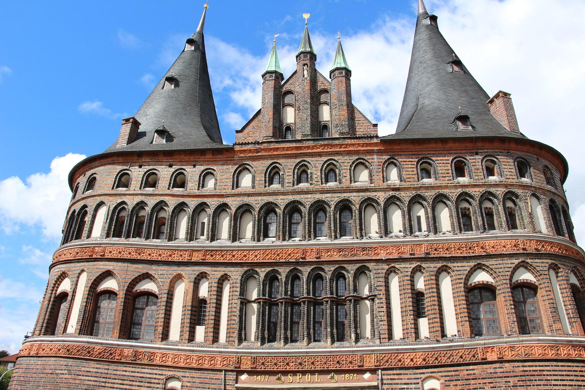 Галерея: Интересные места Германии: Голштинские ворота рис 3