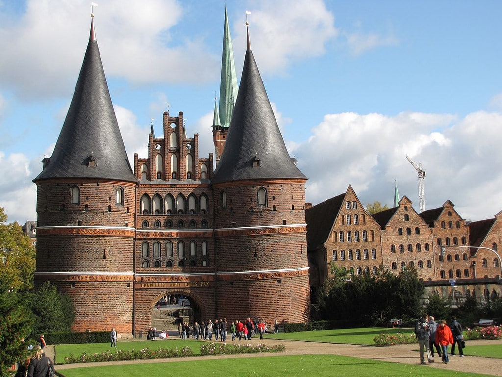 Галерея: Интересные места Германии: Голштинские ворота