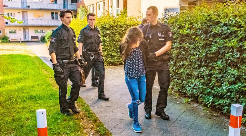 Общество: Полиция поймала преступников, виновных в десятках тысяч ограблений по всей Германии