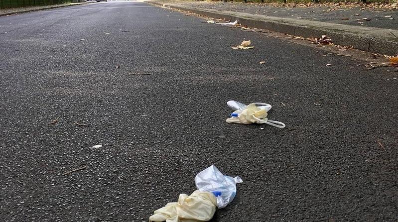 Новости: Жители Моерса находят на улицах катетеры и другие медицинские отходы