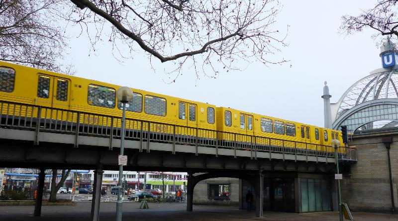 Новости: Берлин: линия метро U55 будет перекрыта до среды