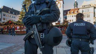 Информатор из полиции подстрекал исламистов к совершению терактов