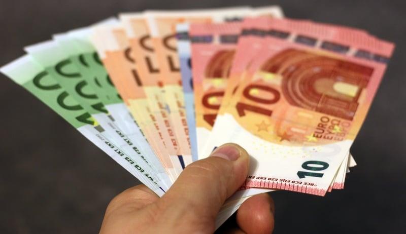 Деньги: Сколько зарабатывают немцы за всю жизнь (инфографика)