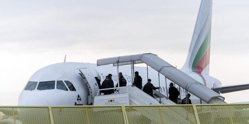 Политика: ЕС будет оказывать давление на страны, не принимающие беженцев обратно