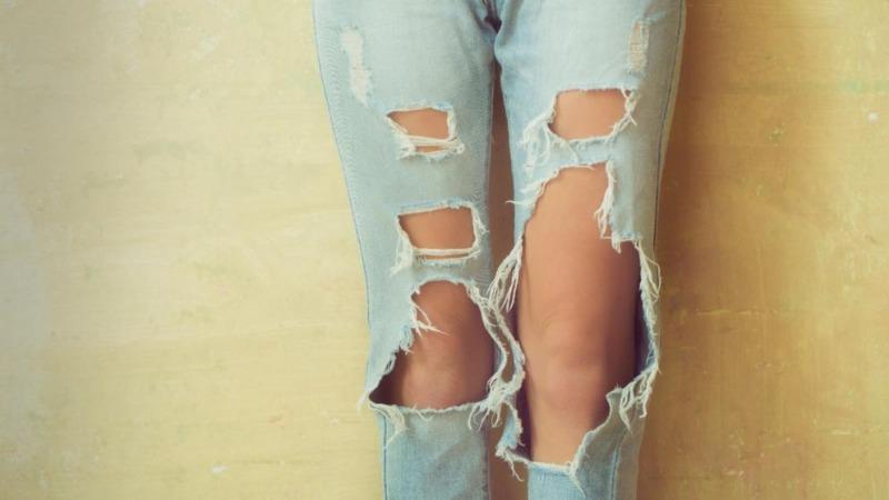 Общество: Адвокат призвал насиловать женщин за рваные джинсы