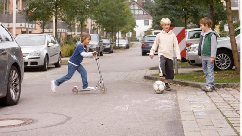 Закон и право: Разрешена ли парковка на улице, предназначенной для игр детей?