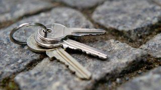 Что делать арендатору, если он потерял ключи от квартиры?