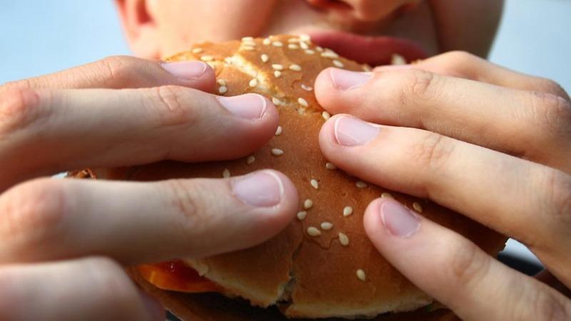 Общество: Есть не здоровую пищу станет дорого
