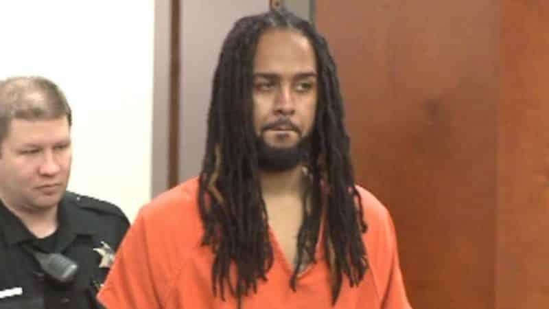 Отовсюду обо всем: Мужчина, который организовал банду по секс-торговле детьми, осуждён на 472 года