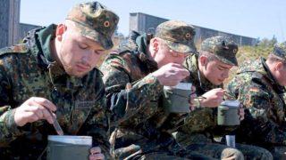 В бундесвер теперь принимают солдат с лишним весом