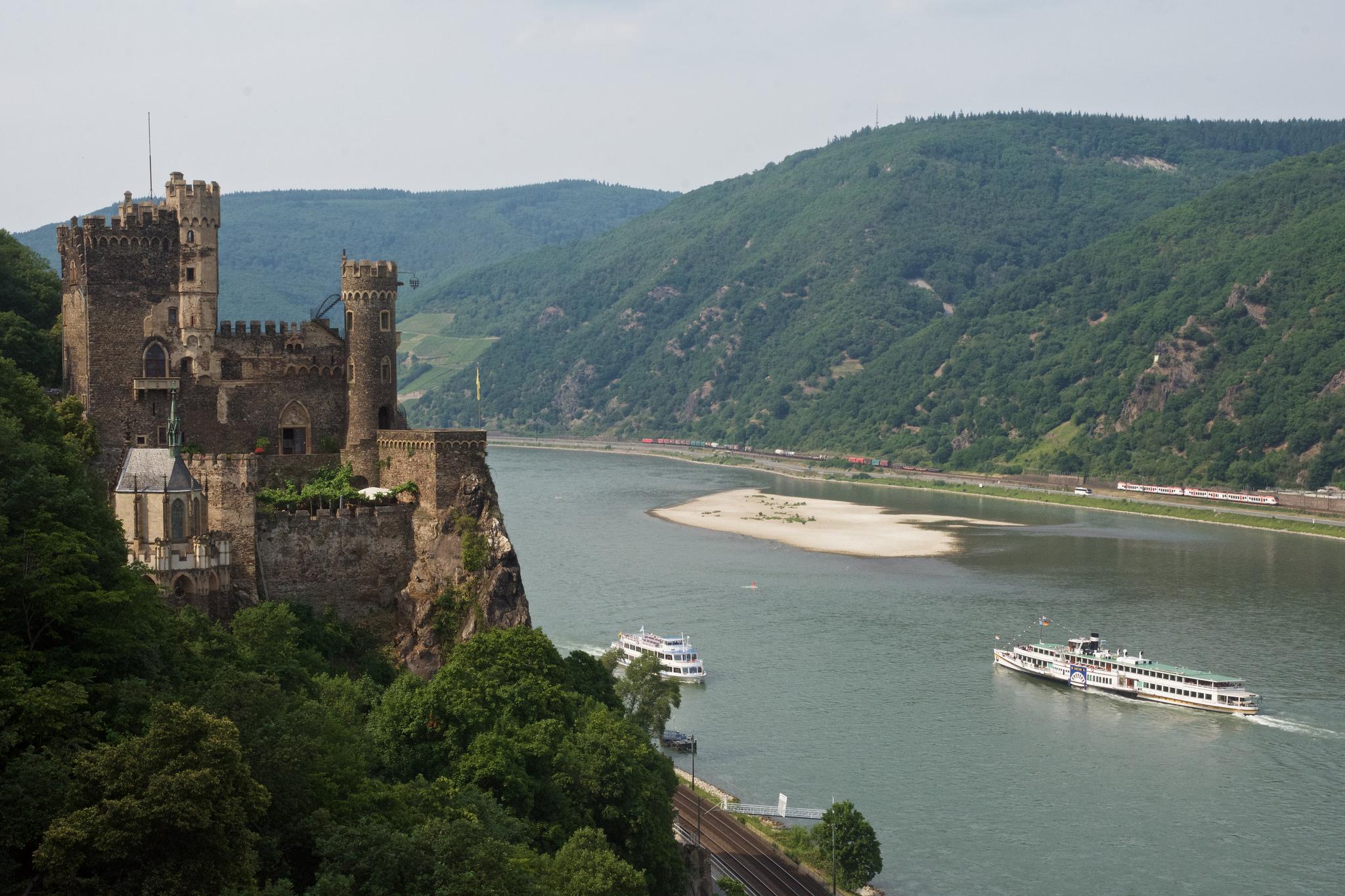 Галерея: Интересные места Германии: замок Рейнштайн рис 2