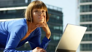 Можно ли делать online-покупки на работе?
