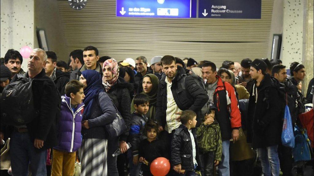 Новости: Беженцы прибывают из Греции с поддельными паспортами
