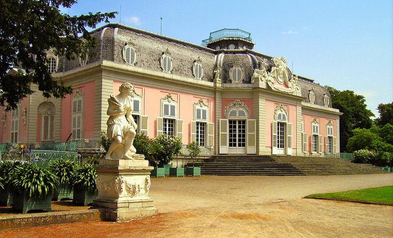 Галерея: Интересные места Германии: дворец Бенрат