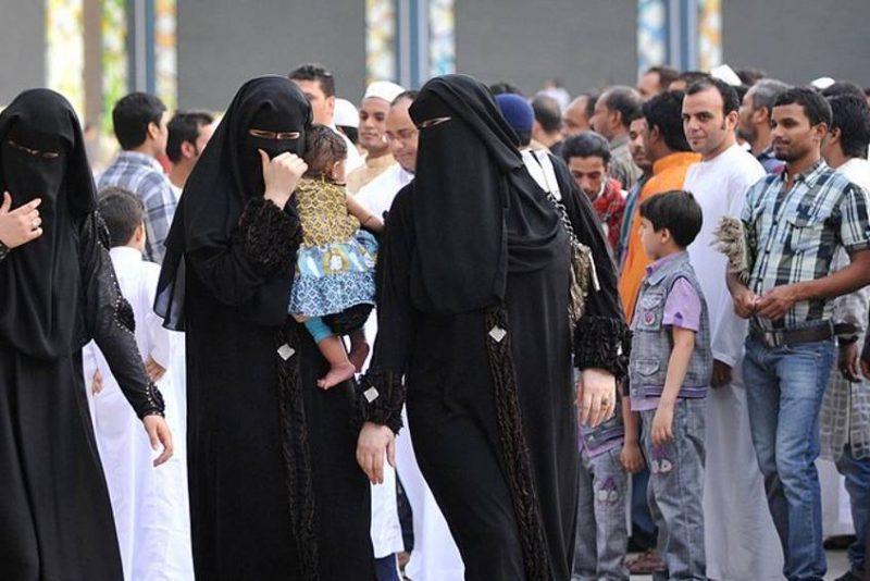 Общество: «Иностранцы могут делать в Германии все, что им вздумается»