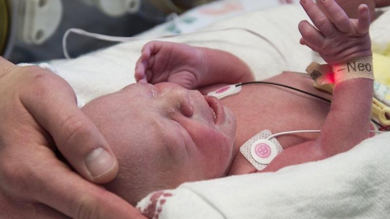 Здоровье: Женщина без матки родила здорового ребенка